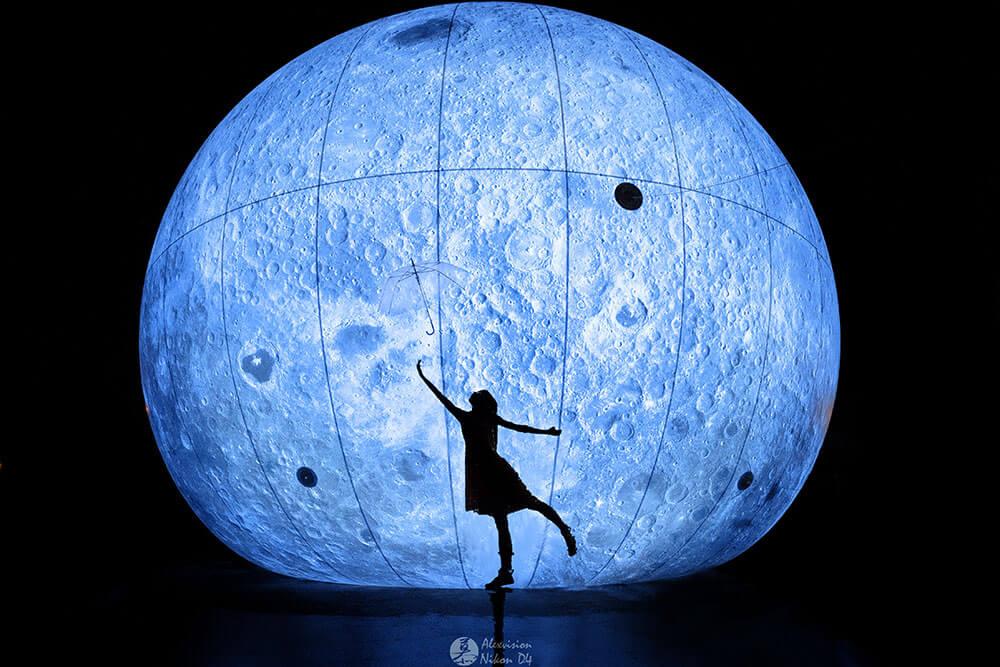 馮嘉城、黃苑倍,《月霾》。圖/白晝之夜提供,攝影:@暮雪城主。