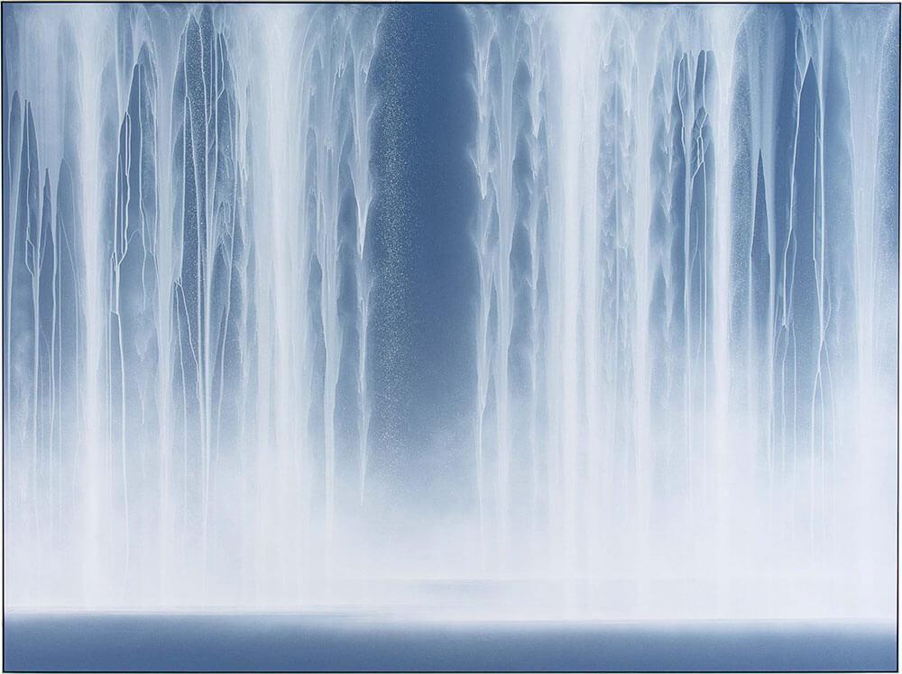 千住博,《瀑布》,紙、顏料,193 x 259 cm,2014。圖/台北國際藝術博覽會提供。