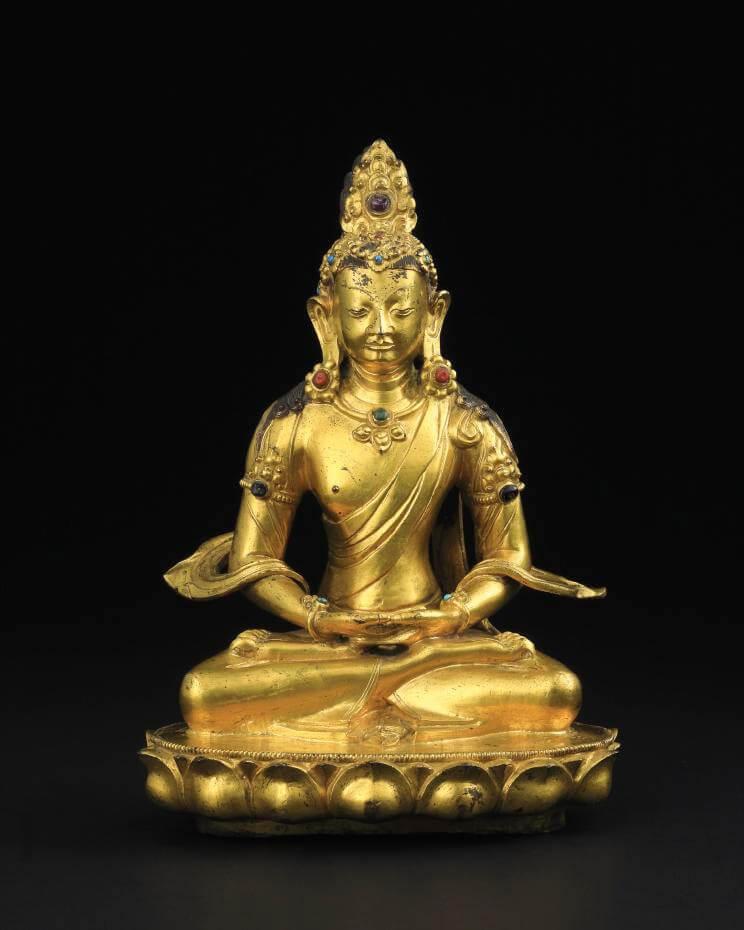 Lot 1097 18世紀 銅鎏金無量壽佛