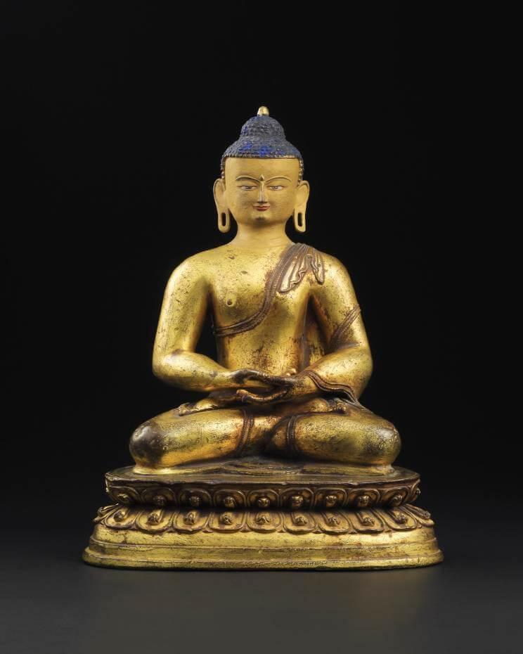 Lot 1105 14/15 世紀 銅鎏金阿彌陀佛坐像
