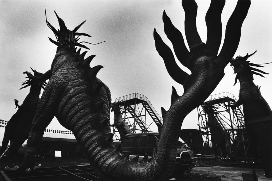 國美館「透視假面:甜楚現代性」展赴俄羅斯展出-- 以臺灣攝影藝術透視當代生活的甜蜜與痛楚
